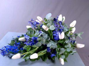 `Sini-valkoinen` surulaite kaudenkukista